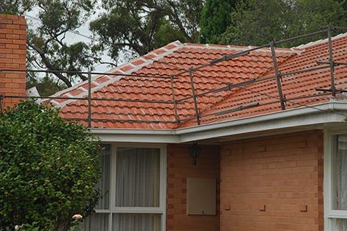 Roof handrails