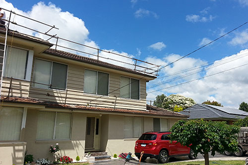 Roof safety guard rails